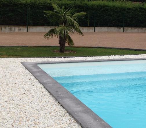 margelles de piscine en pierre savigranit